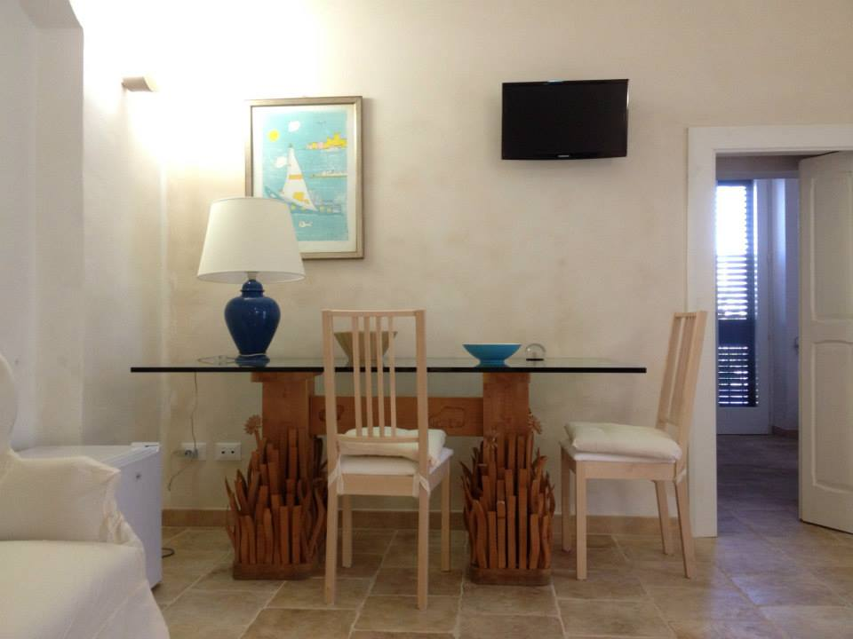 Design Home for Rental| Guesthouse Southern Italy| Tana del Riccio