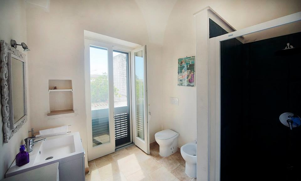 The Star's Suite bathroom|B&B|Guest House|Salento|Tana del Riccio|Apulia