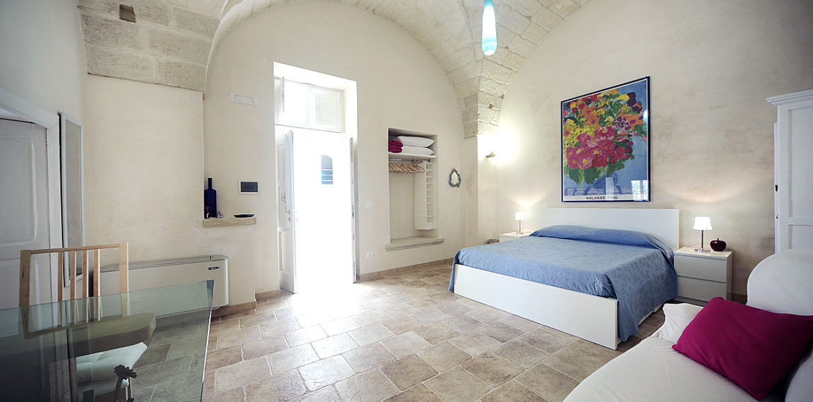 Camera romantica in salento bed and breakfast tana del riccio - Camera romantica ...